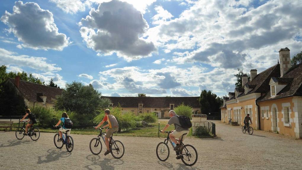 Balades en vélo à la Réserve Zoologique de la Haute-Touche © MNHN - F-G Grandin